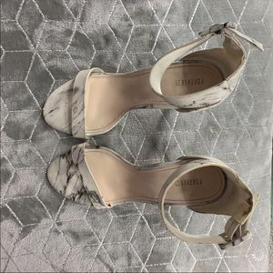 Super cute White marbled strappy heels size 7